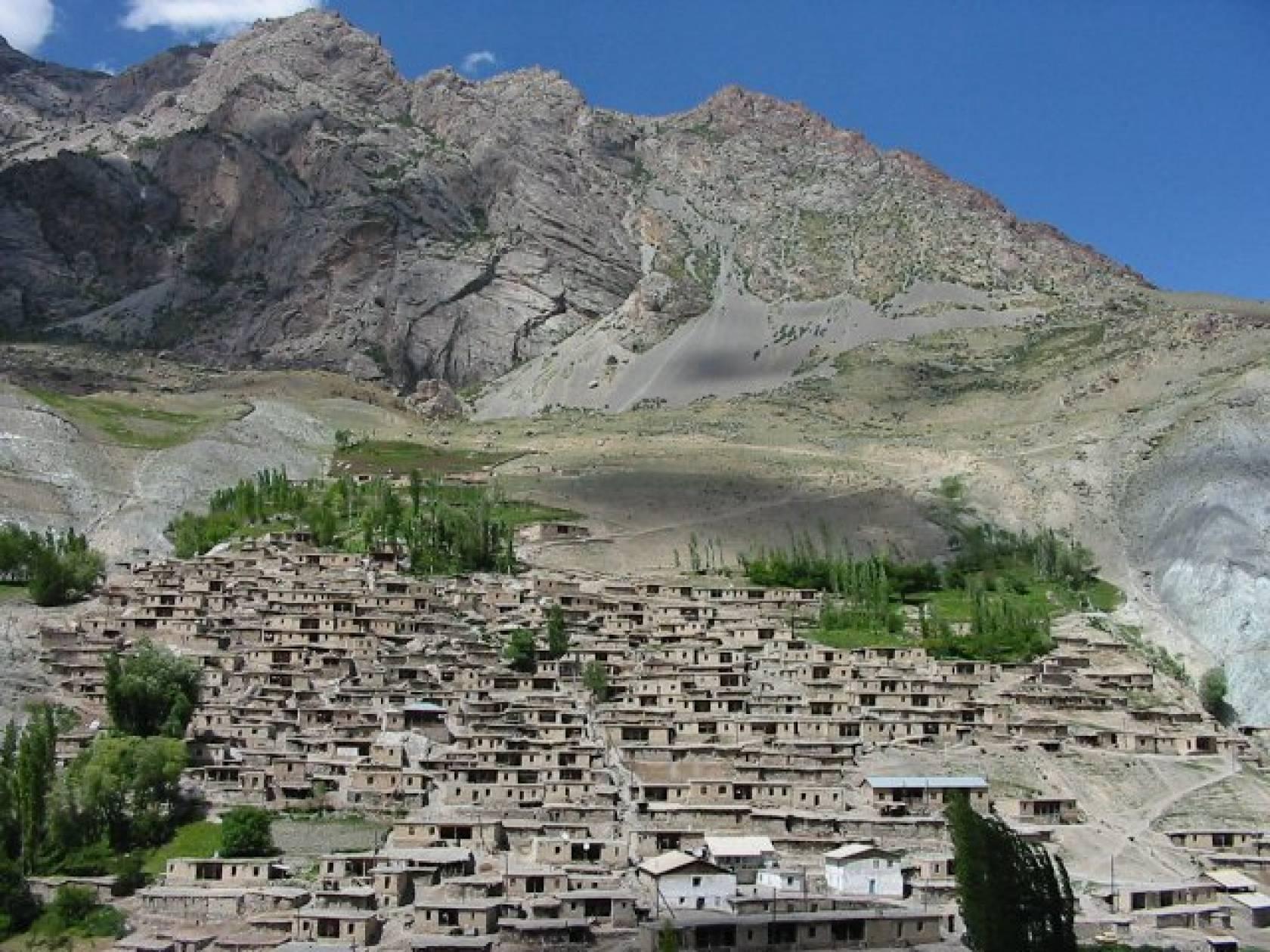 タジキスタン観光スポット!人気名所やおすすめの見どころも ...