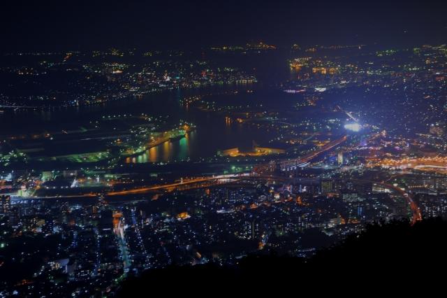 皿倉山の夜景は九州随一!展望台や人気のケーブルカーなど観光情報を紹介!