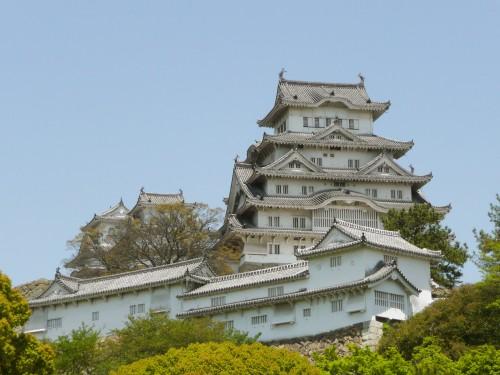 姫路城のライトアップの時間は?桜や紅葉との饗宴は必見の価値あり!