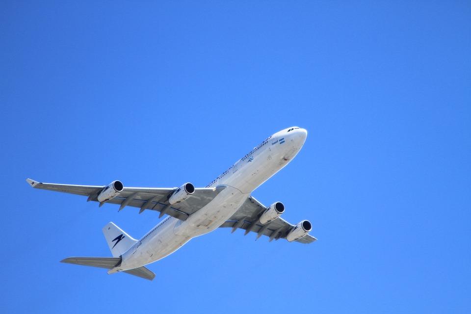 飛行機の座席おすすめは?どこがいい?快適な空の旅にする為の選び方!