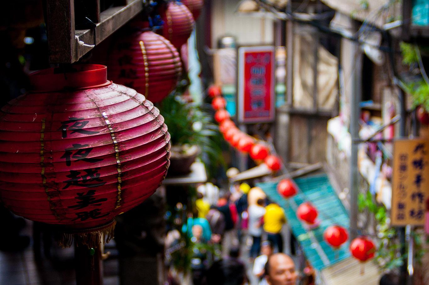台湾の原宿「西門町」を観光しよう!若者に人気のグルメやショップを特集!