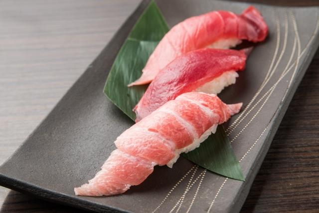 三﨑マグロを漁港近辺で!寿司に漬け丼などおすすめランチメニューもあり!