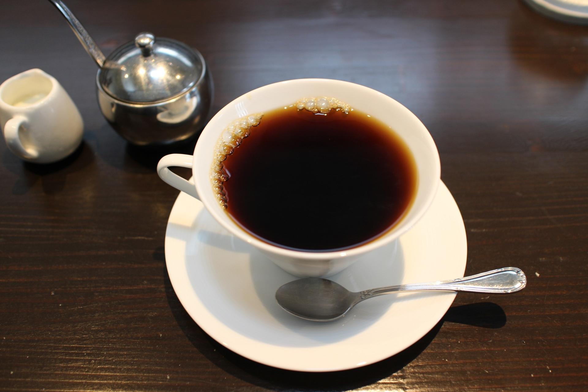 イノダコーヒー本店のおすすめは?モーニングやランチは混雑必至!