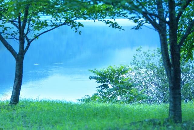 ポロト湖でゆったりとした時間を過ごそう!豊かな自然に囲まれた癒しの一時!