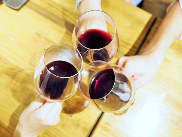 横浜のワイン特集!バルや飲み放題などおしゃれな人気店を紹介!