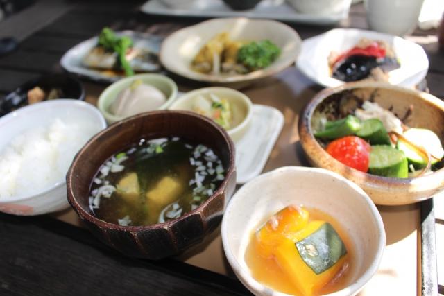 上新庄でランチならココ!安いのに美味しい店やバイキングなど紹介!