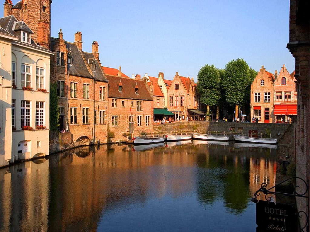 ブルージュ(ベルギー)を観光!有名なチョコレートでグルメも満足!