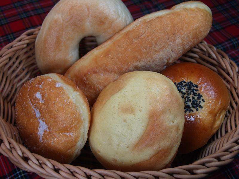 「魔女のコッペパン」は浦和の超人気店!モヤさまでも大絶賛の絶品パンとは?