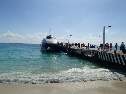 御前崎港の釣りポイントを紹介!周辺の施設情報や注意事項など!