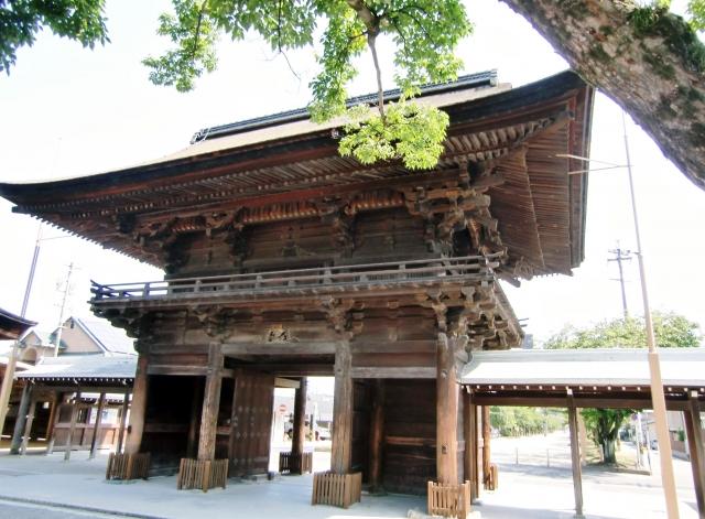 国府宮神社(尾張大国霊神社)の歴史や見どころは?ご利益や御朱印もご紹介!