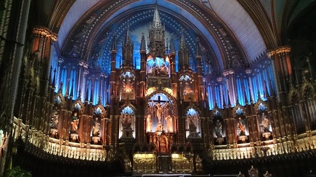 カナダのノートルダム大聖堂はモントリオールにあり!豪華絢爛なオルガンも!