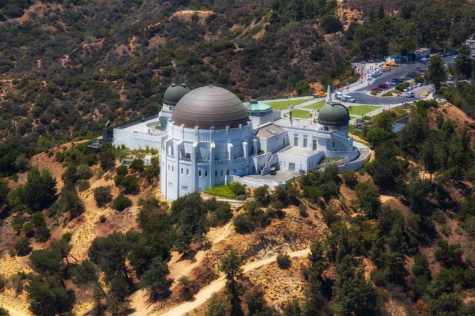 グリフィス天文台でLAの夜景を独り占め!見どころや行き方まとめ!