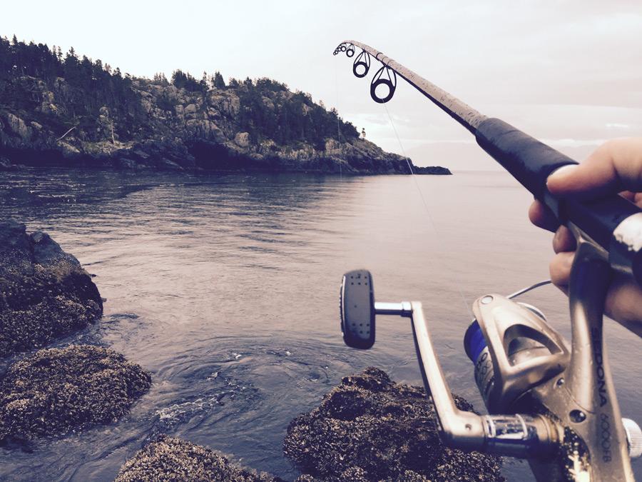 伊豆の初島で釣りを楽しむ!竿のレンタルも出来て身軽に遊べる!