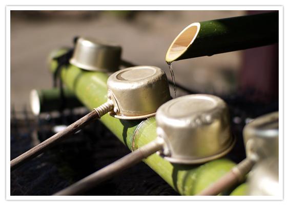 玉造稲荷神社は縁結びで有名!恋愛パワースポットの御朱印・ご利益は?