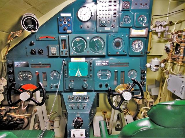 潜水艦バー「深化」が凄いと話題に!大阪にあるディープスポットを紹介!