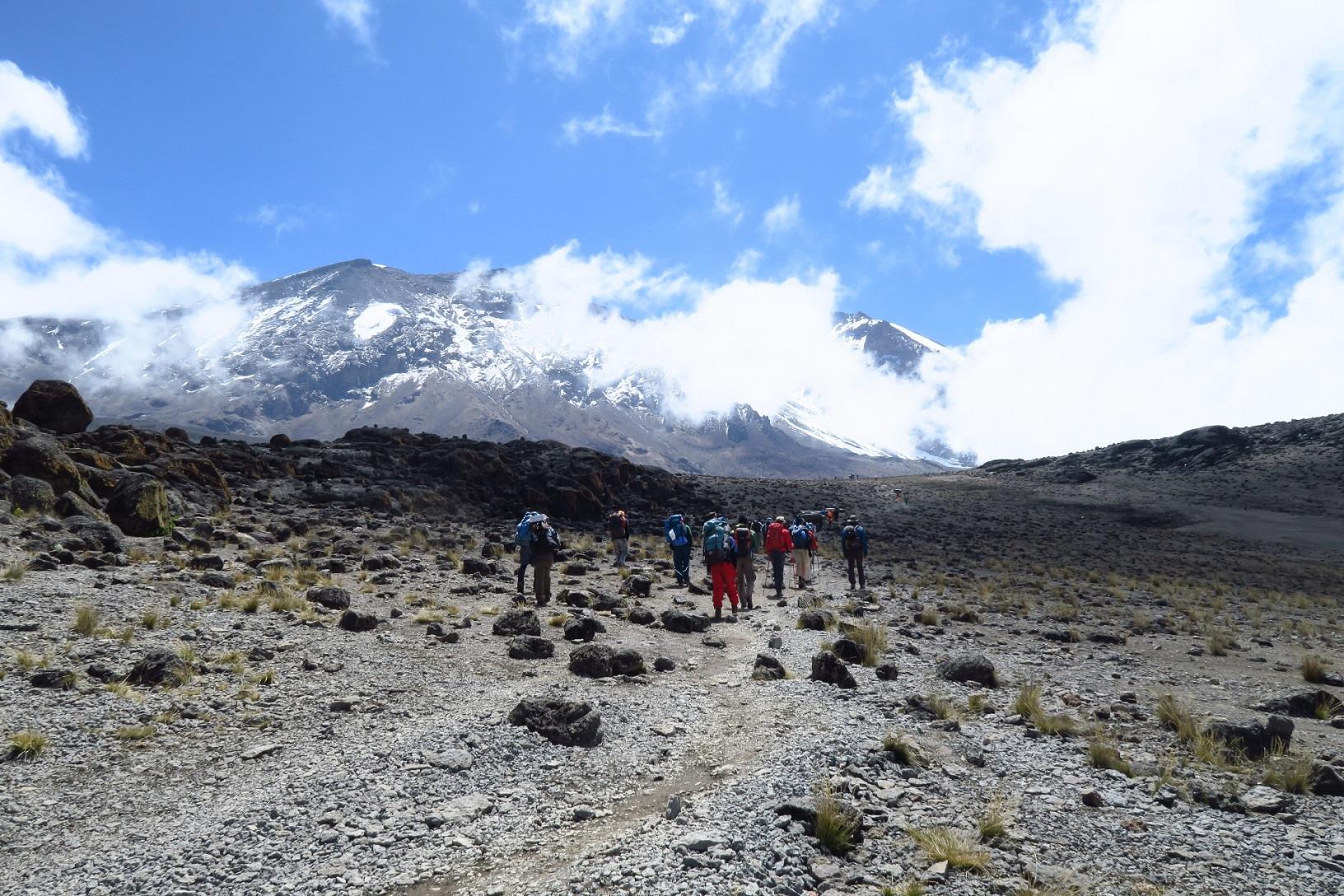 アコンカグア登山に挑戦!南米最高峰から眺める景色は絶景!難易度や服装は?