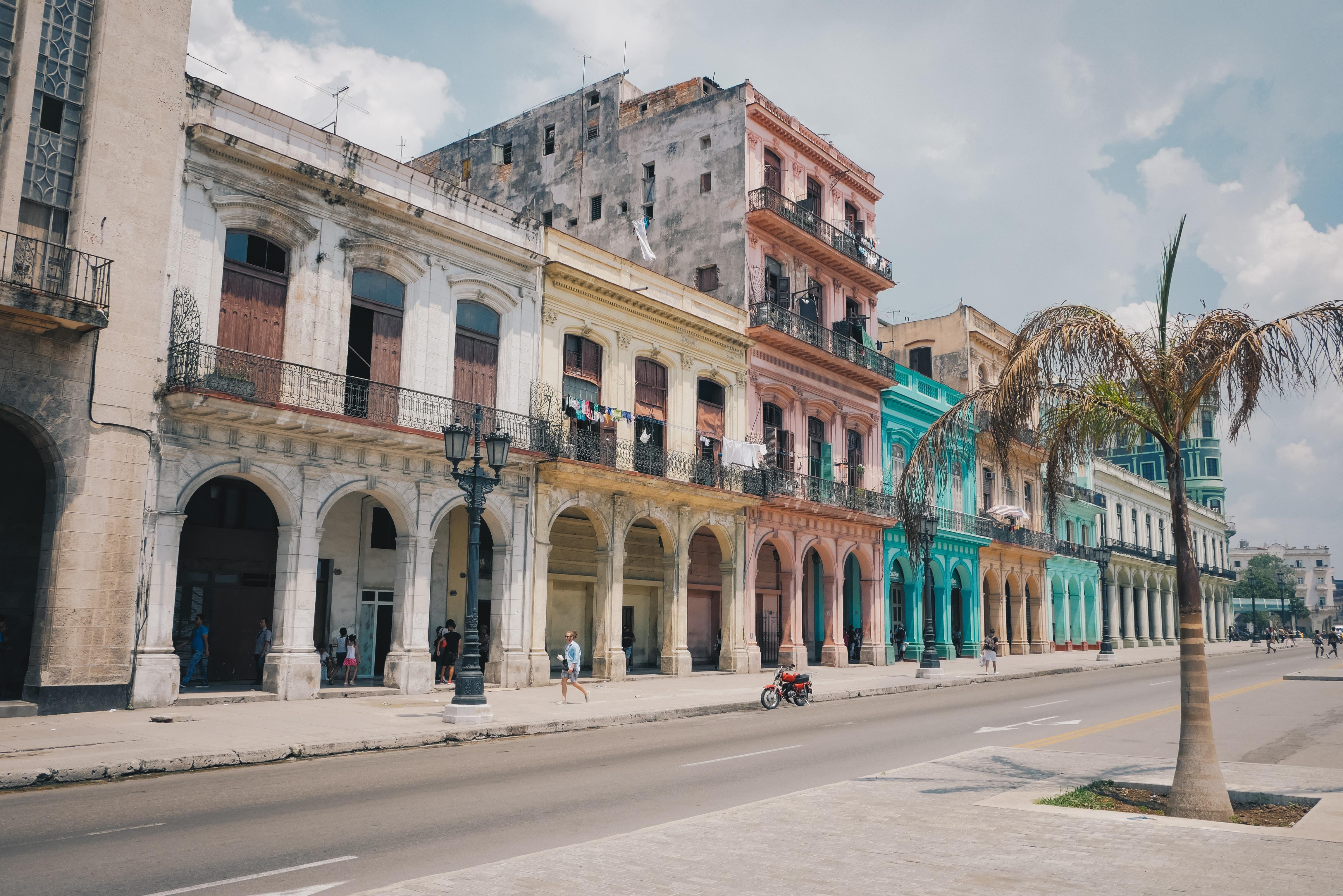 キューバで食事をするなら?人気のレストランや食べ物をまとめて紹介!