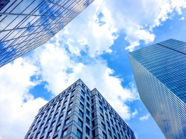 中銀カプセルタワービルを見学しよう!珍しいマンションは有名建築物!