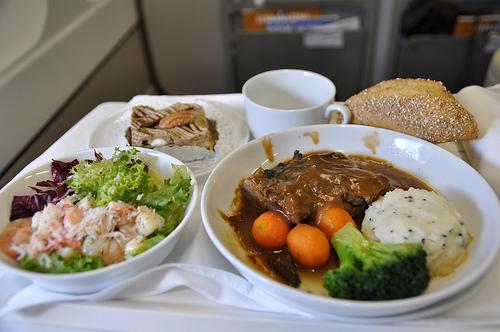 エールフランス航空の機内食特集!人気のメニューや料金までご紹介!