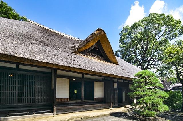 苫屋の予約方法は手紙のみ!築150年以上の古民家を改築した民宿&カフェ