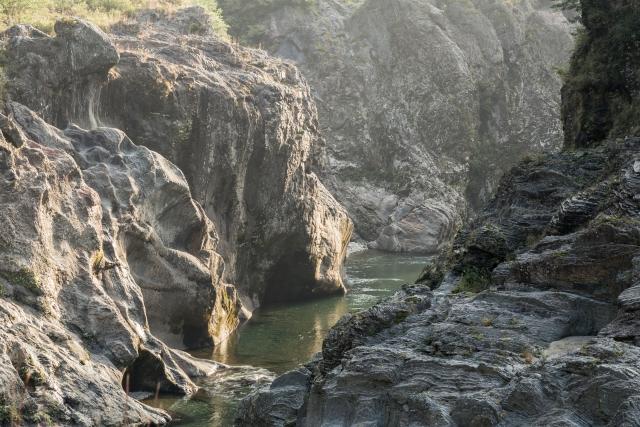 飛水峡は岐阜の絶景スポット!アクセス方法や観光の見どころは?