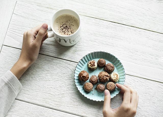 ドゥバイヨルのチョコレートは極上の味わい!おすすめ商品やカフェ情報も紹介