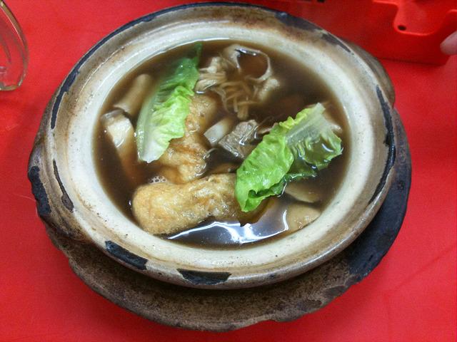 新峰肉骨茶で絶品バクテーを食べよう!気になる味やおすすめメニューは?