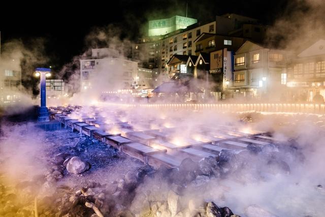草津温泉へカップルで!観光名所や貸切露天風呂などおすすめプランまとめ!