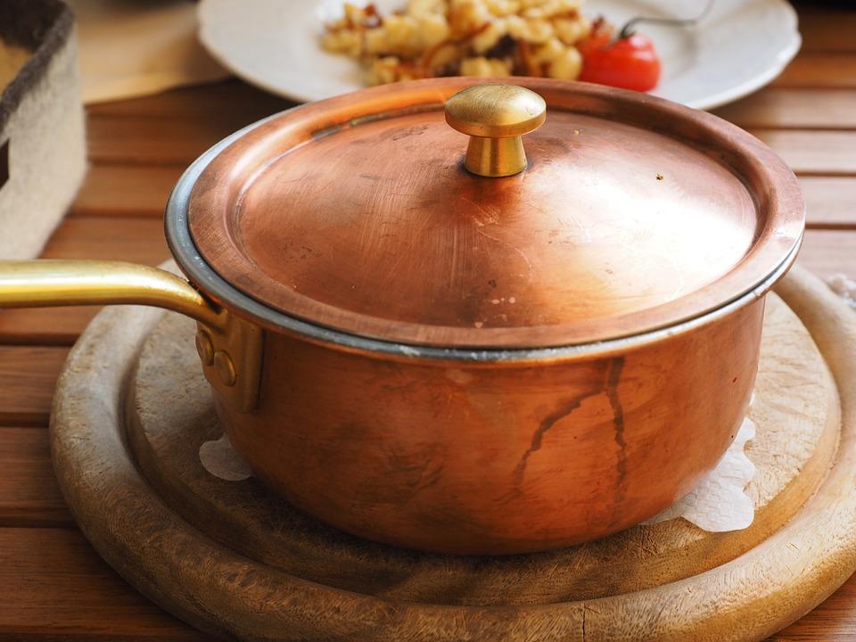 鍋焼きラーメンは高知名物!地元で人気の店舗やおすすめの食べ方を紹介!