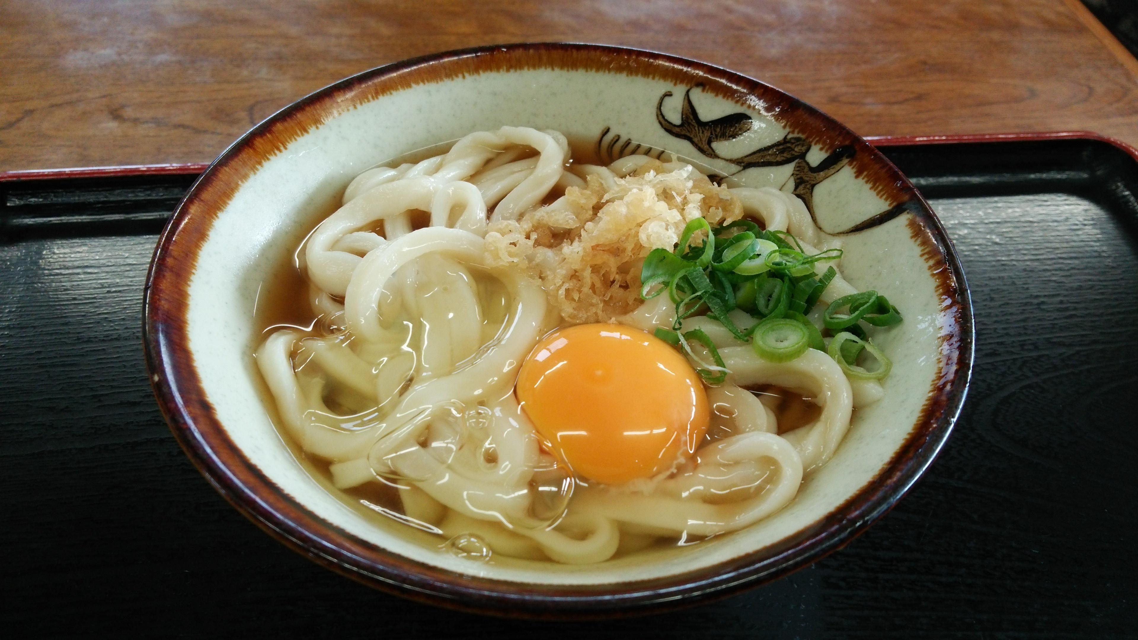 三好うどん(香川)は手打ちならではのコシが人気!素敵な器もおすすめ!