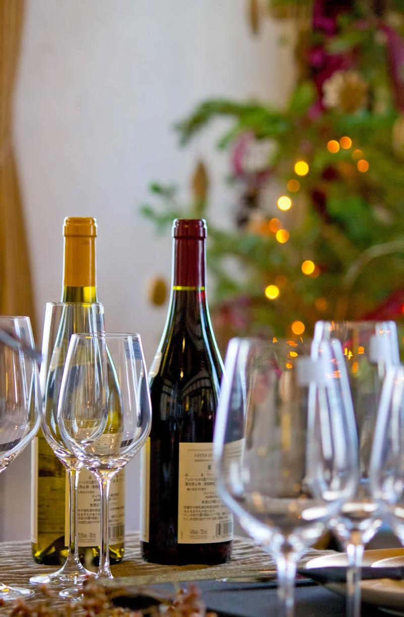 ワイングラスの正しい持ち方知ってる?初心者にも分かりやすくマナーを解説!