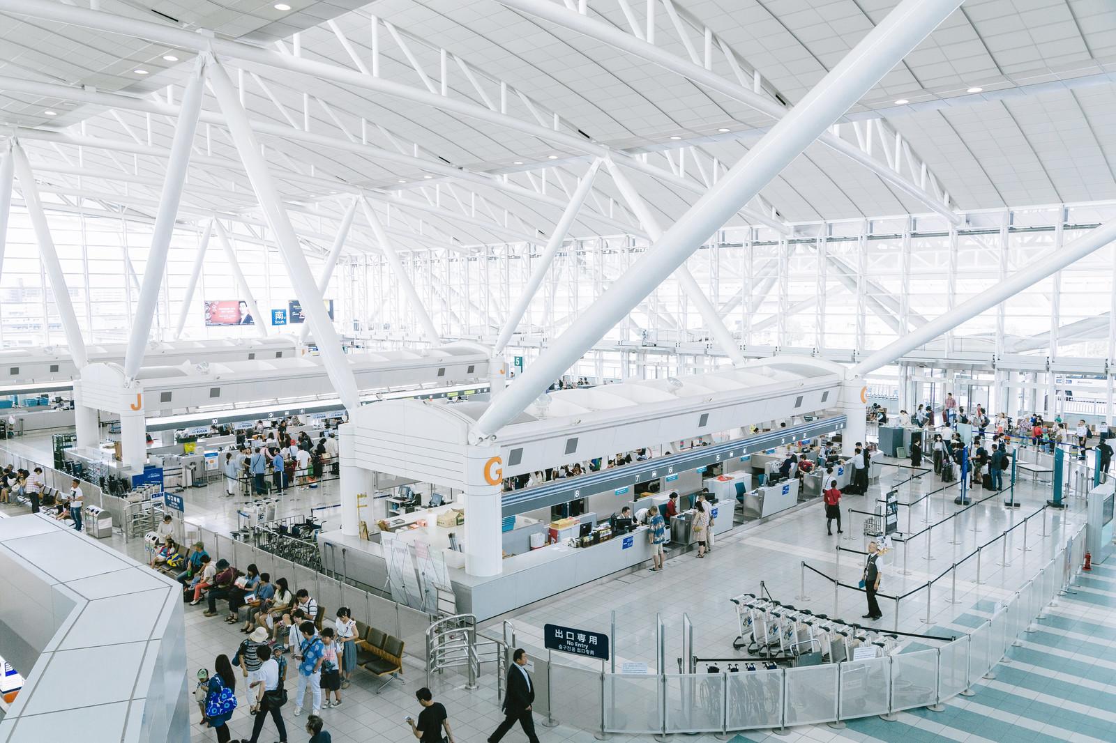 『ラーメン滑走路』は福岡空港内の人気店!おすすめメニューや営業時間は?
