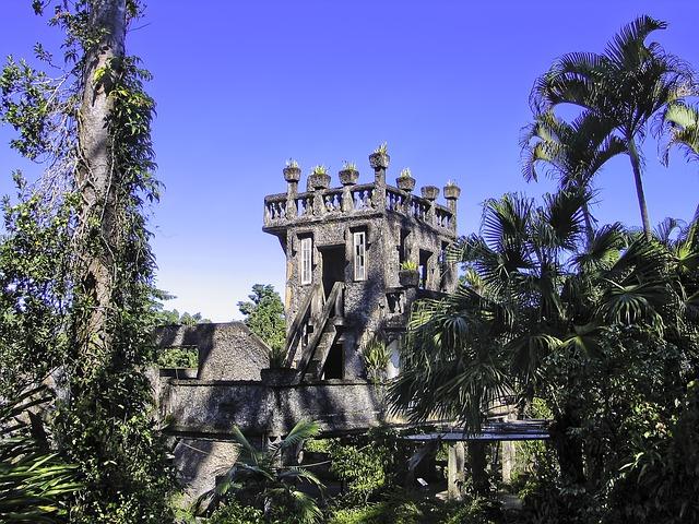パロネラパークはケアンズで人気の観光スポット!まるでラピュタの世界が広がる