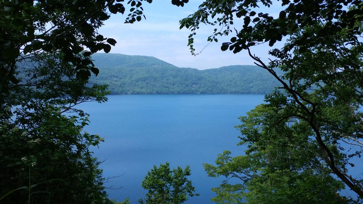 倶多楽湖は観光におすすめの人気スポット!ボート遊びなどの見どころも満載