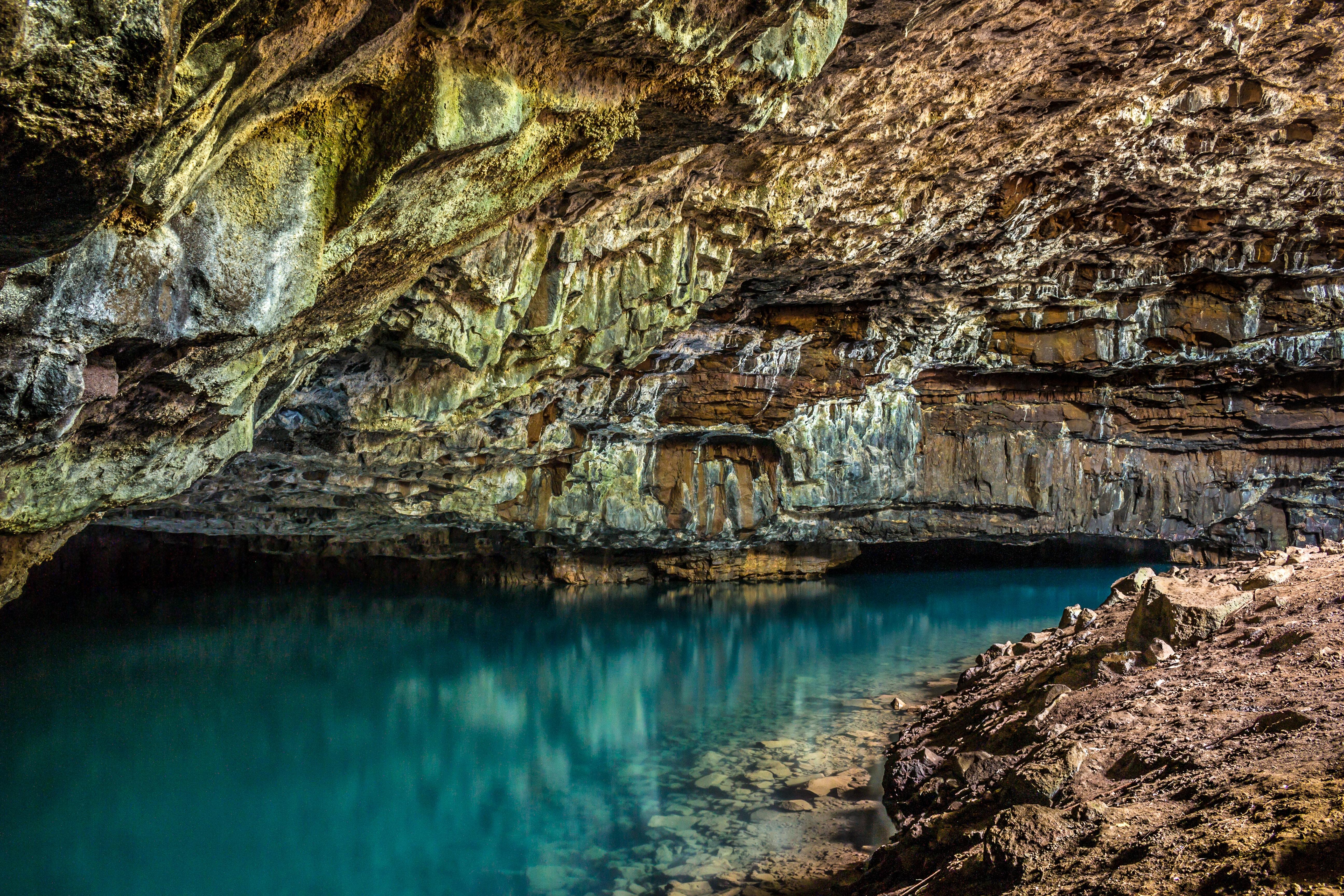 石垣島鍾乳洞のイルミネーションが幻想的!見どころ満載の観光スポットを紹介!