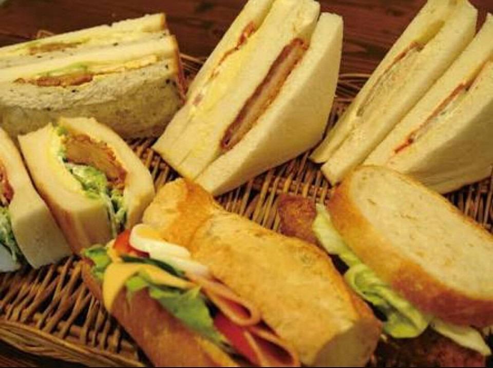 鎌倉ベーカリーの店舗&おすすめメニューまとめ!100円の格安パンが有名!