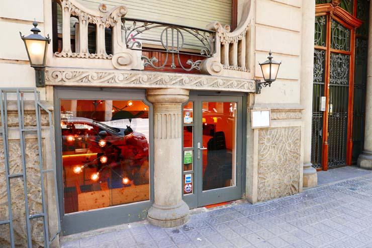 Embatはバルセロナの人気レストラン!リーズナブルで美味しい料理を満喫