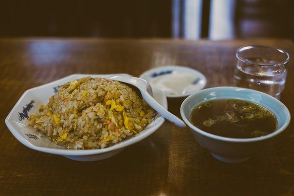 新雅は江戸川橋で美味しいと評判の中華料理店!ラーメンなど人気メニューは?