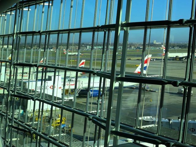 イギリスの空港まとめ!免税店で買えるお土産や市内のアクセス方法もご紹介