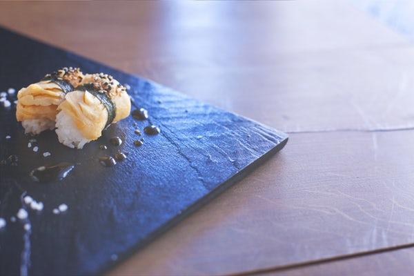 雛鮨の食べ放題が大人気!リーズナブルな値段で高級寿司を食べまくろう!