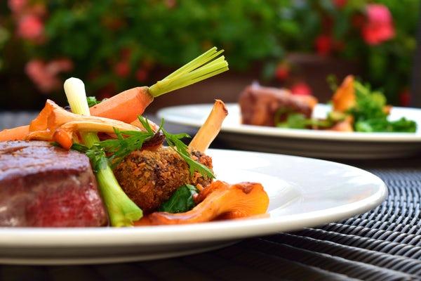 仙台の肉バル人気店9選!デートにおすすめの個室もあるお店は?
