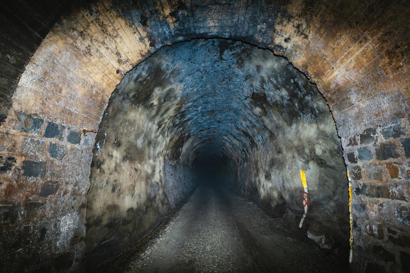 犬鳴峠は恐ろしい心霊スポット!旧犬鳴トンネルは現在通行止め?
