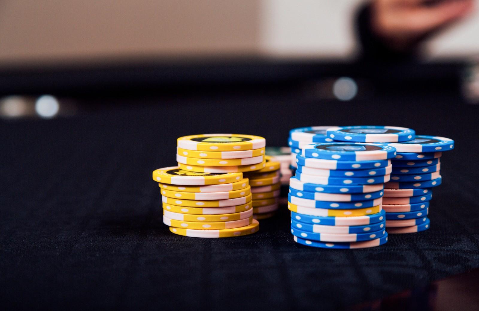 セブ島でカジノを体験しよう!おすすめのホテルや服装・ルール・年齢制限も解説!