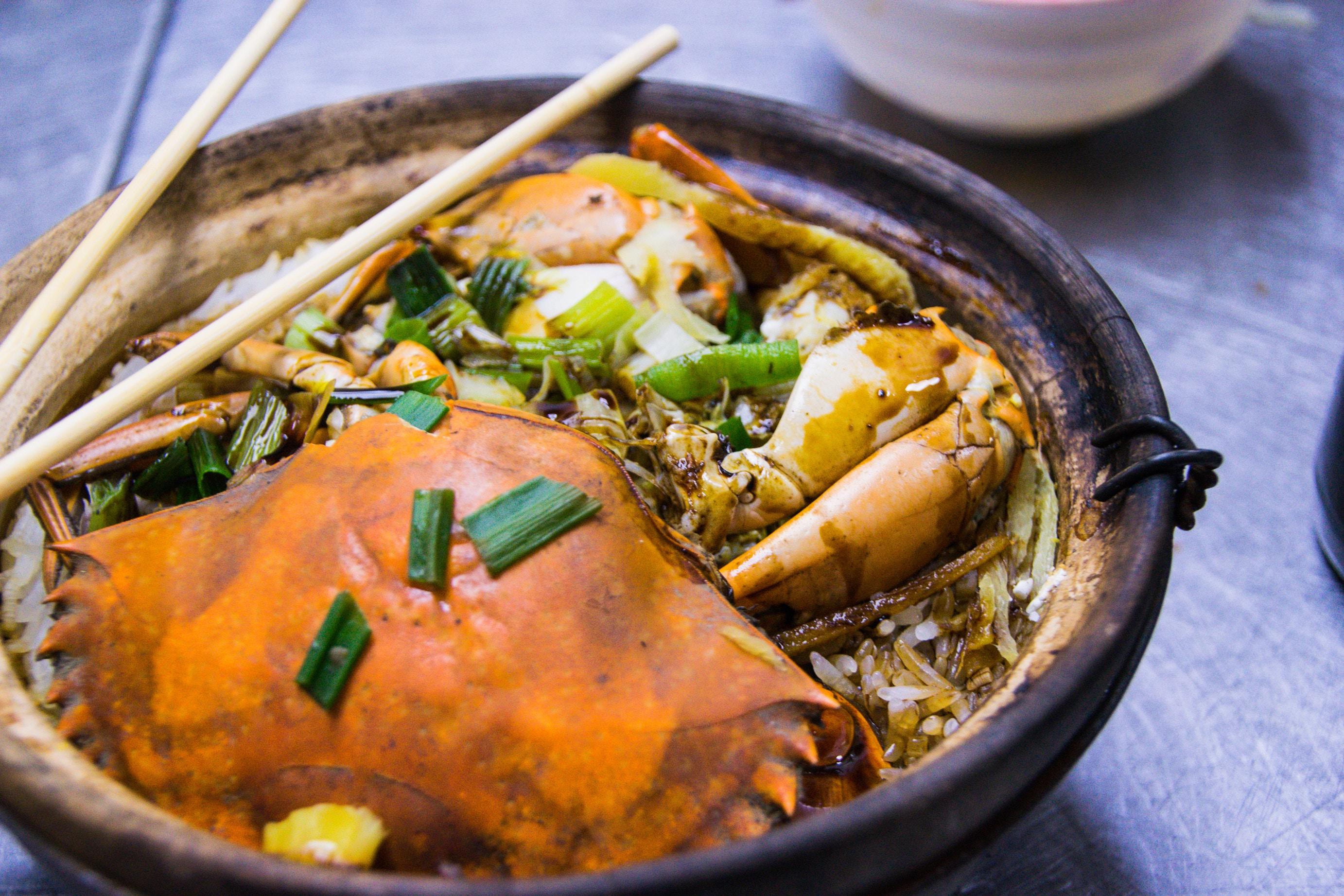 富山でカニ料理を堪能できるスポットをチェック!市場やランチが美味しい人気店も