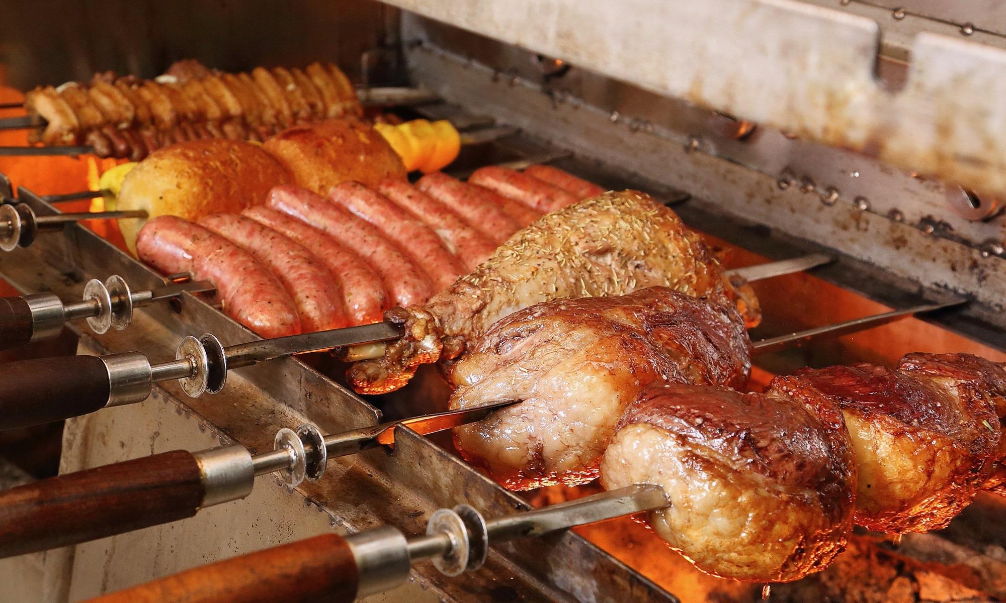 シュラスコを大阪で食べよう!豪快なお肉食べ放題やランチがおすすめなお店9選!