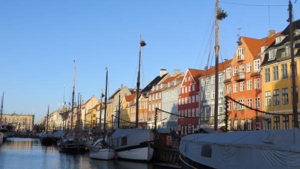 デンマークとの時差やサマータイムを知って旅行を楽しもう!飛行時間もご紹介