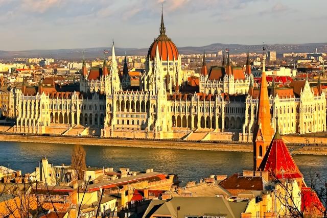 ハンガリーは英語が通じる?会話に使える公用語のフレーズもご紹介!