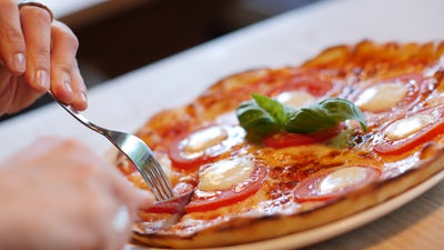 polipoはナポリピザが美味しい人気店!ランチメニューや予約方法は?