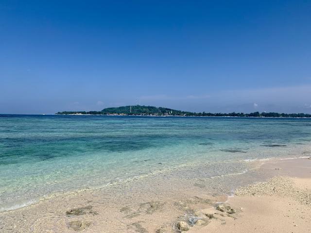ロンボク島の観光スポットまとめ!人気の場所や行き方もご紹介!