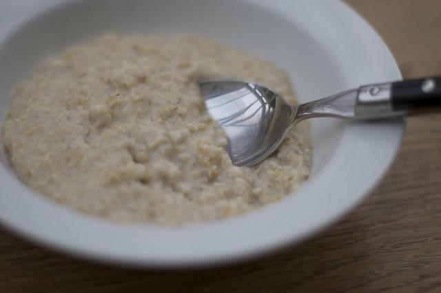 ポリッジはイギリスの朝食に欠かせない!作り方を知ってヘルシーご飯を食べよう